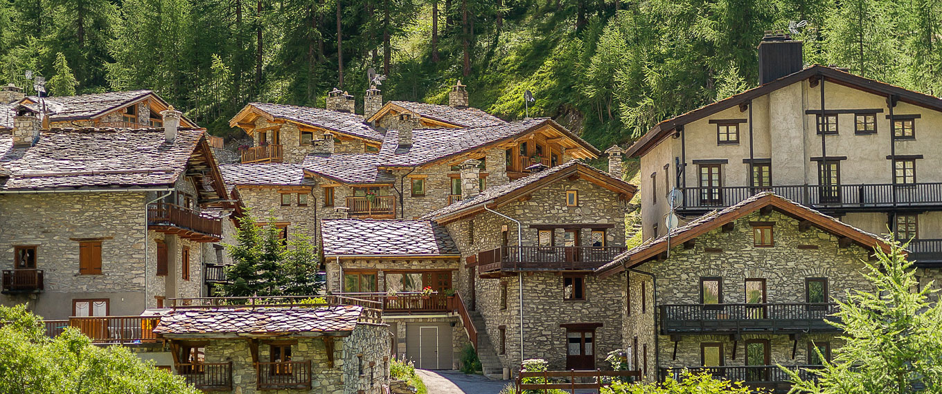 Val d 39 is re village the village of val d 39 is re guide for Hotels val d isere