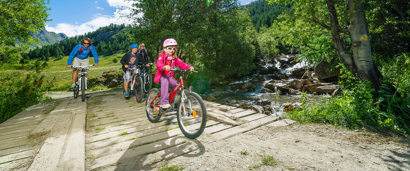 Bike Park Les itinraires VTT Shops and services Val dIsere